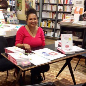 rencontre dédicace signature librairie de paris livre ayurveda sourire gwenaelle batard mars 2019 stand