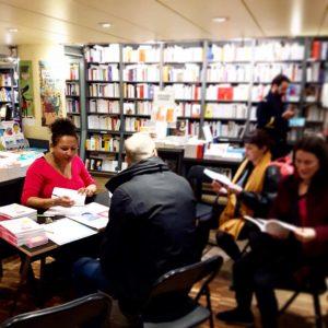 rencontre dédicace signature librairie de paris livre ayurveda sourire gwenaelle batard mars 2019