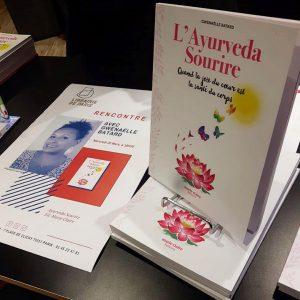 rencontre dédicace signature librairie de paris livre ayurveda sourire gwenaelle batard mars 2019 facing